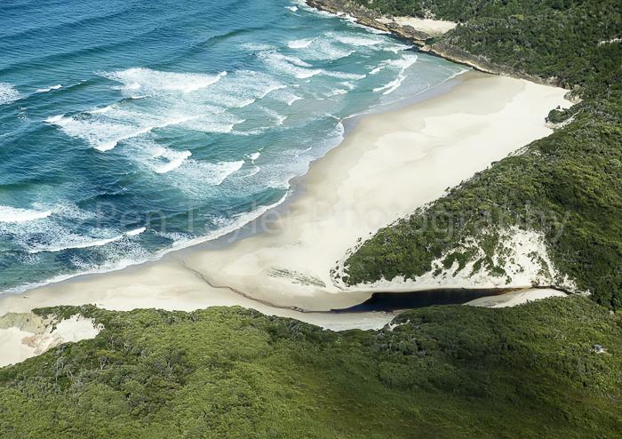 Osmiridium Beach, Tasmania
